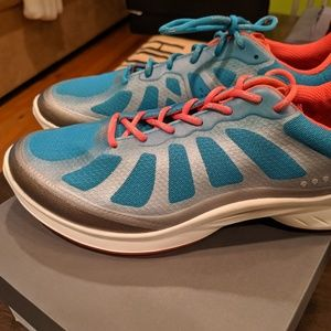 Ecco FJuel Athletic shoes Size 40 New in box